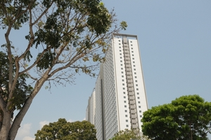 LMC Apartment, Centurio Avenue