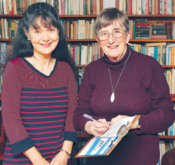 Wendy Matthews and Dr Rosamund Vallings
